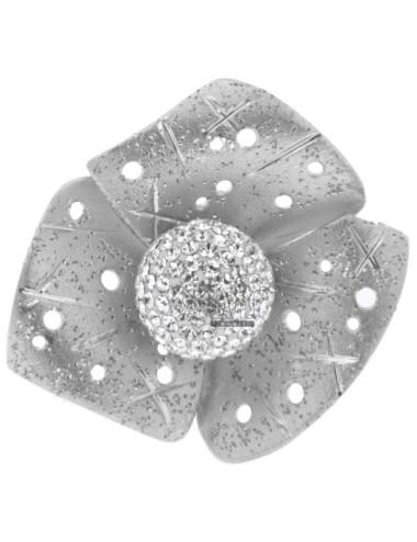 Anello fiore a tre petali...