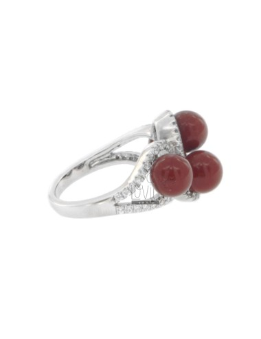 Ring with red coral paste...