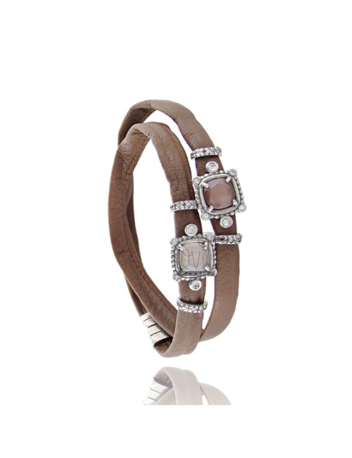BRACELET DOUBLE ROUND BROWN LEATHER, WITH STONES HYDROTHERMAL CENTRAL SQUARE, ZIRCONIA AND MAGNETIC CLOSURE IN ANCIENT AG RODIO