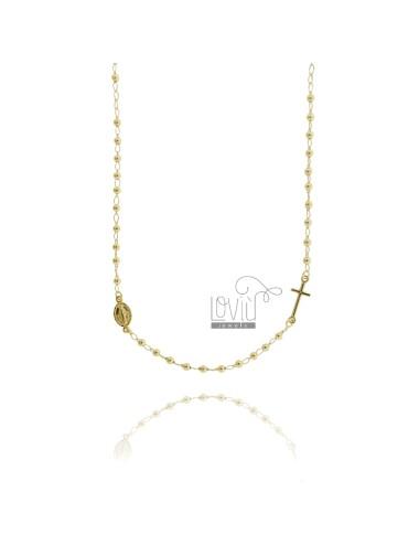 Collar de rosario con una...