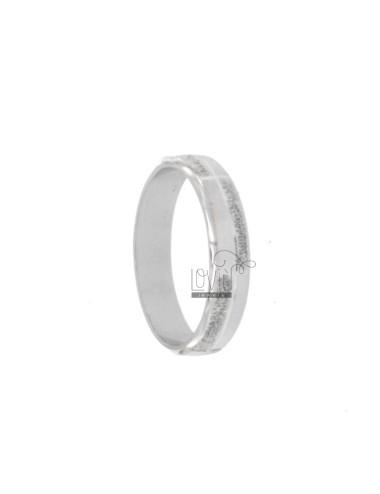 4 mm Band Ring mit Brillant...