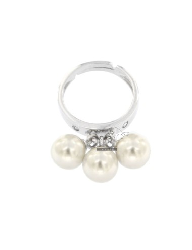 Ring with 3 pearls in...