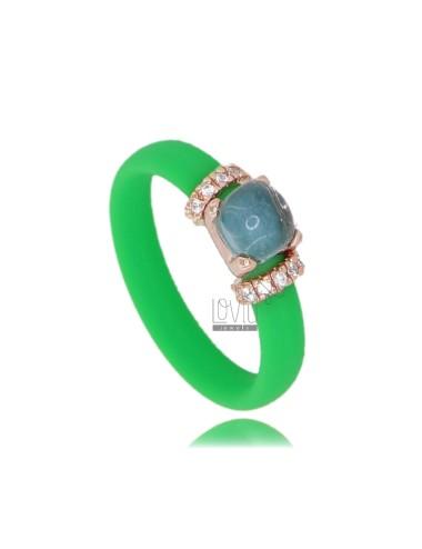 Ring in grünem fluo-gummi...