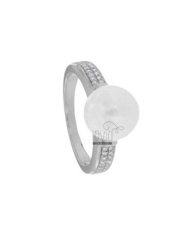 RING MIT PERLE IN SILBEREM...