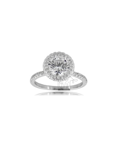 Solitaire ring in...