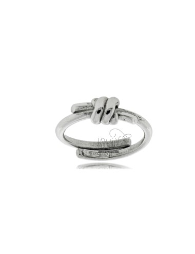 Knot ring in silver...