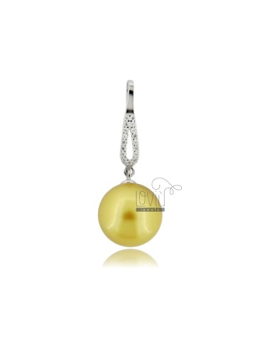 Pendant with champagne...