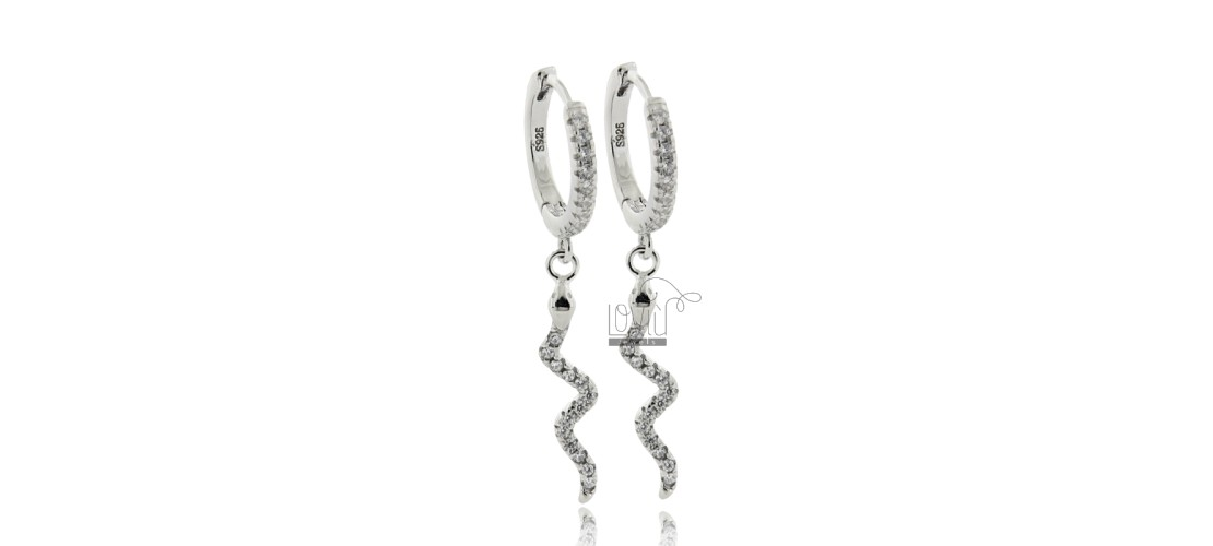 Circle earrings with cubic zirconia