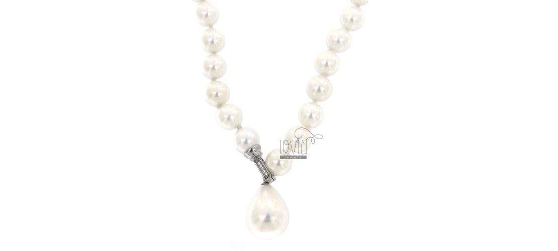 Necklaces of Stones and Pearls